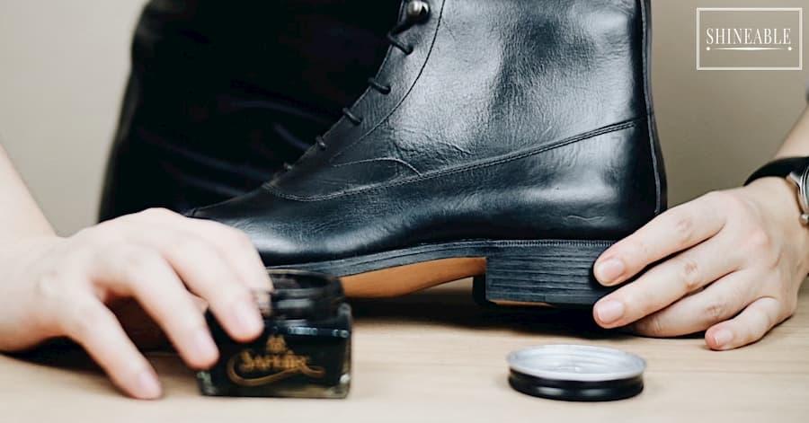 เติมสีรองเท้าให้กลับมาสดใสเหมือนใหม่ด้วย Recolor cream