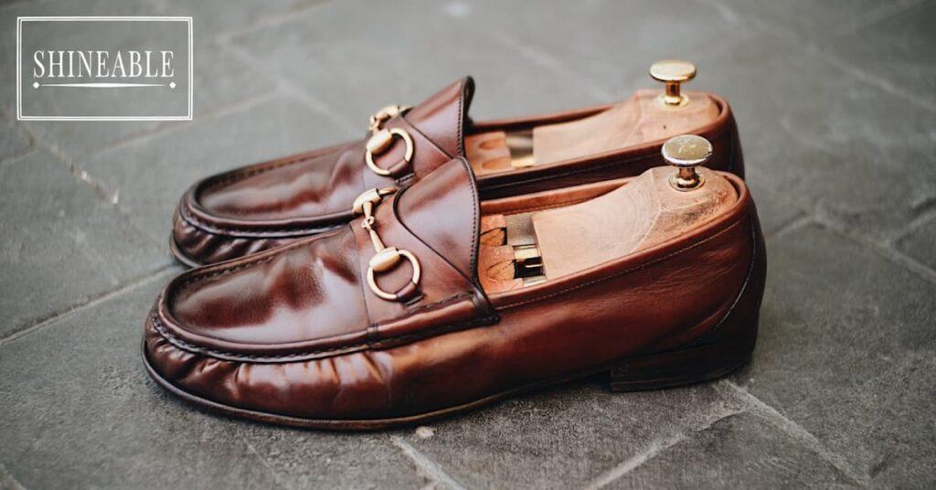 รีวิวรองเท้าโลฟเฟอร์สุดคลาสสิก Gucci 1953 Horsebit Leather Loafer